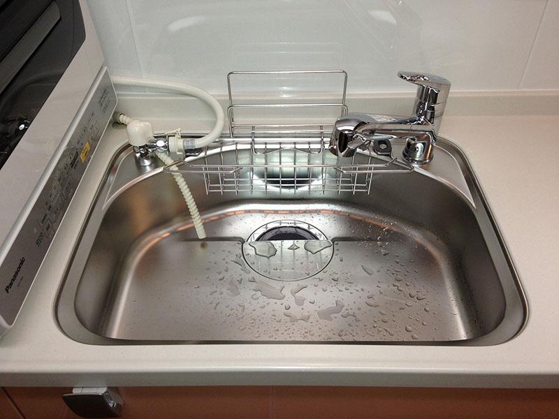 水栓は便利な浄水機能付き